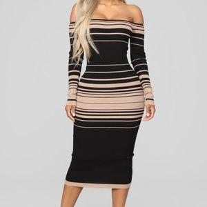 Sweater Dress Midi Stripes